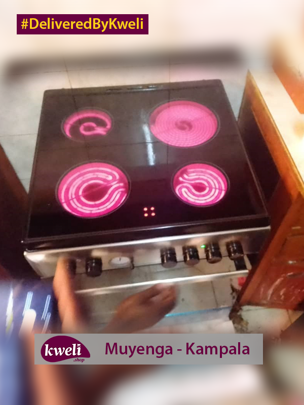 Ariston Cooker with Ceramic Cooktop Delivered in Muyenga DeliveredByKweli