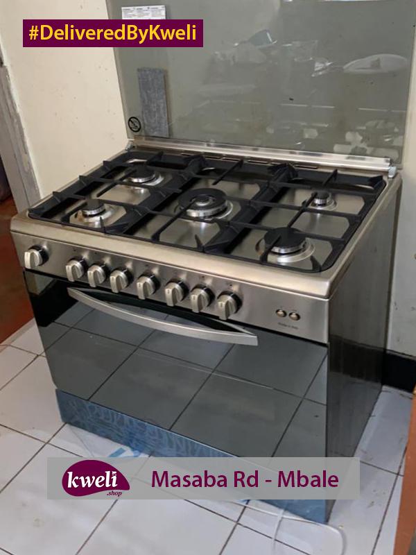 Indesit Cooker Delivered in Mbale DeliveredByKweli