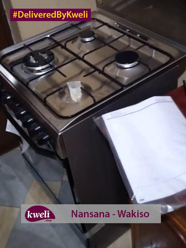 Indesit Cooker Delivered in Nansana Wakiso District DeliveredByKweli